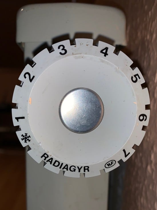 Heizkörperthermostat Landis & Gyr - 24 mm Quelle: Raoul van Bergen aus Kommentaren