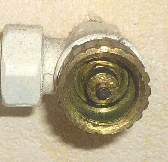 Heizkörperventil Samson 29,5 mm, 20 Kerben - Quelle: Dieter Metzger aus Kommentaren