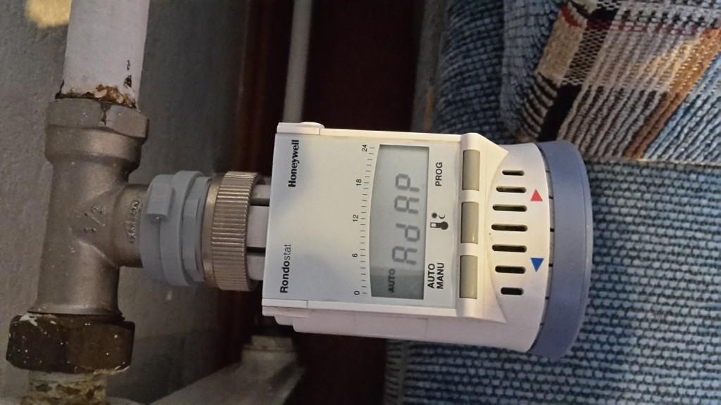 Honeywell HR20 auf Pont a Mousson Ventil mit Adapter, Quelle aus Kommentaren (Holger Schilling)
