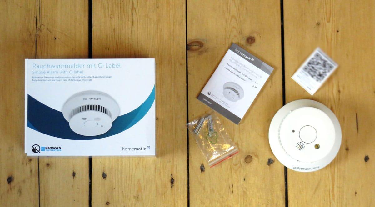 Homematic IP Rauchwarnmelder mit Verpackungszubehör