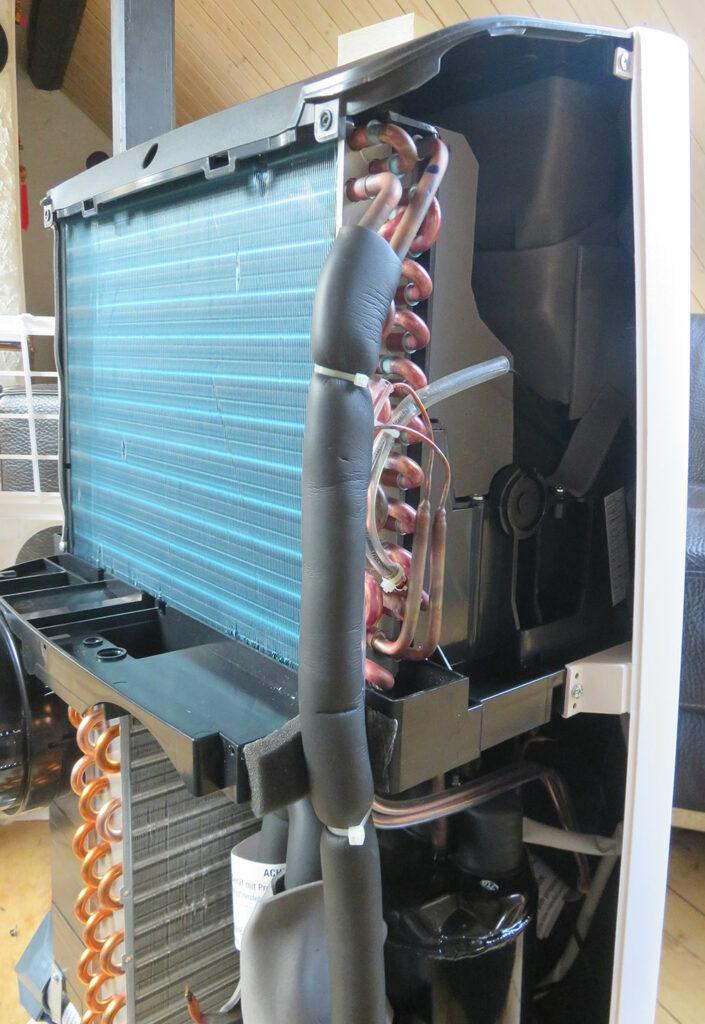 Mobile Klimaanlage Innenansicht - Seitenansicht: Verdampfer De'Longhi Pinguino PAC EX100 Silent